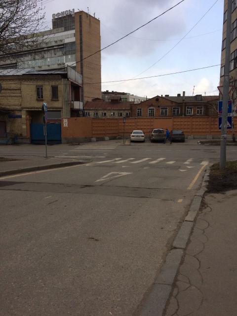 До конца Нижнего Журавлёва переулка